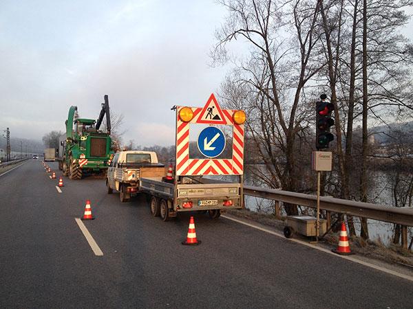 Forstarbeiten mit eigener Verkehrssicherung